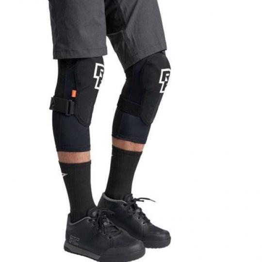 RACE FACE chrániče na kolena INDY stealth